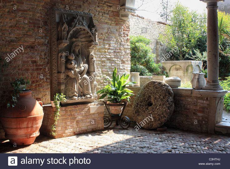 Courtyard Of Chiesa Di S. Caterina, Mazzorbo Island Next To Burano Stock Photo, Royalty Free Image: 36657198 - Alamy