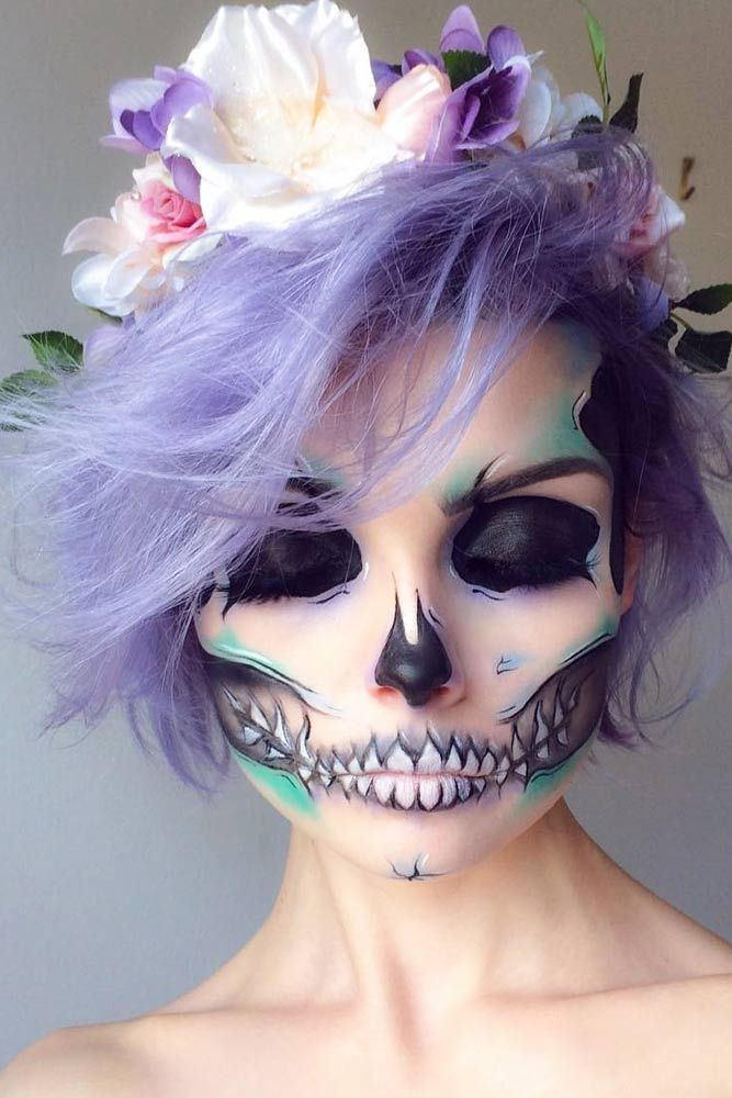 When it comes to Halloween hairstyles for short hair, the options are not as limitless as for those with the long hair, but it does not mean that they can't be as fun. Click to brows our gallery!