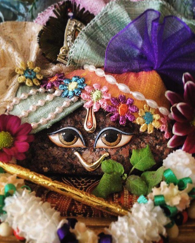 Home giriraj #spiritual #colour