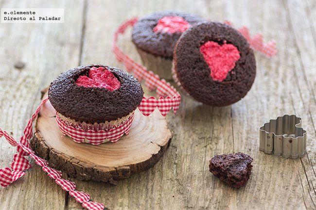 Cupcakes de cacao con corazón. Receta de san Valentín