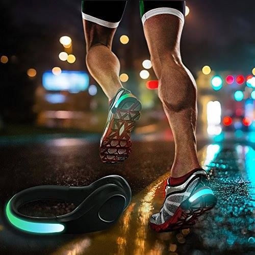 Pack 2 clips LED para zapatillas http://www.milideaspararegalar.es/producto/pack-2-clips-led-para-zapatillas/