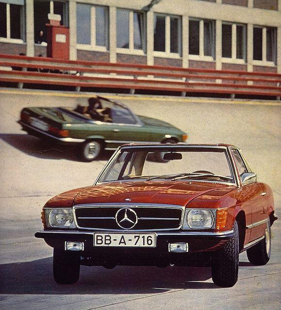 Mercedes-Benz 350SL (R107)