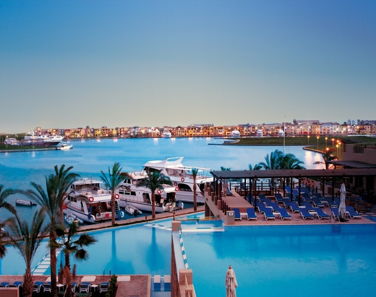 book a holiday to egypt