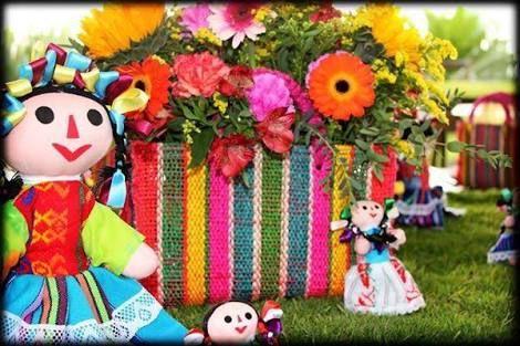 Resultado de imagen para decoracion de mesa de dulces mexicanos