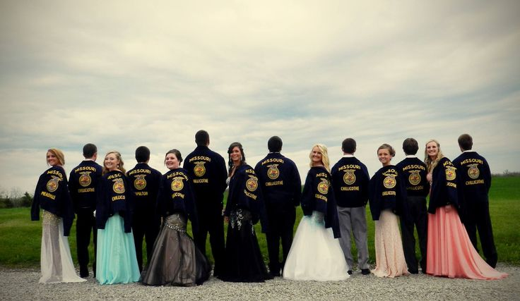 Every prom should have this group in it!!! We should definitely do this for our prom!!