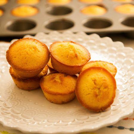 Vanilla-Lilikoi Poundcake