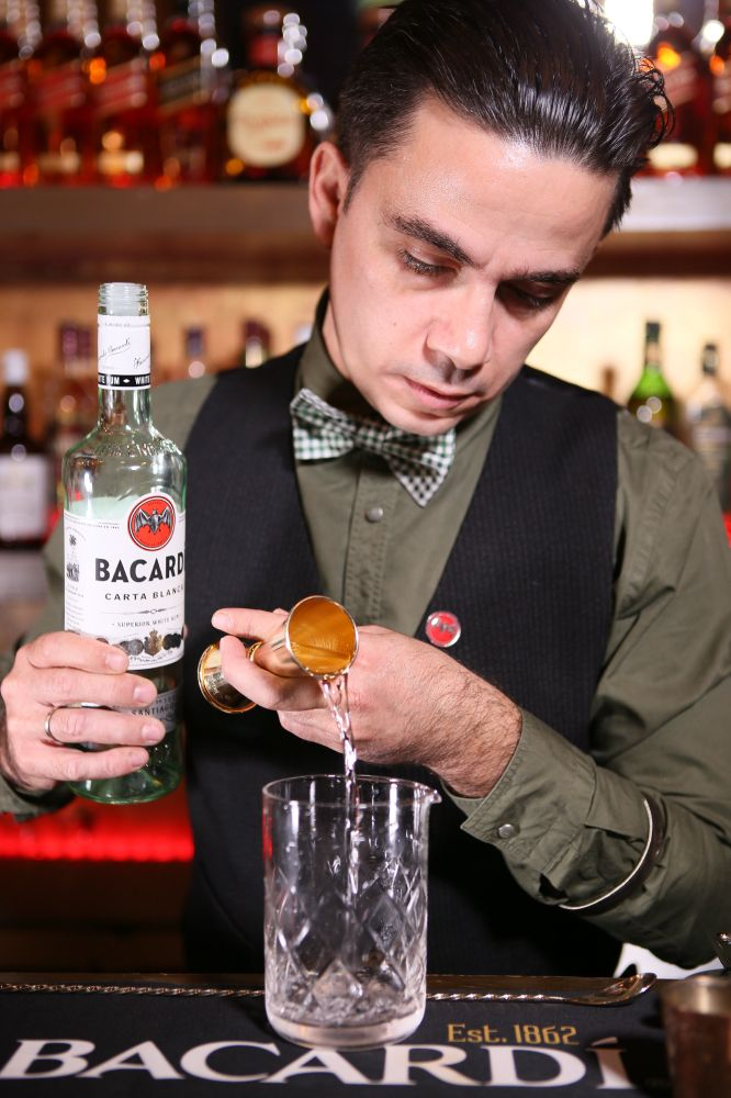 Mr-Green by George Prassinos welcomes #Smyrna_Cocktail in a very special total green photoshooting! Thank you Mr-Green! #suppportsmyrna #sense_of_heritage #smyrna_for_bacardi_legacy #BacardiCartaBlanca #bacardilegacy #BLGCC2016 #BacardiHellas #bacardilegacy2016
