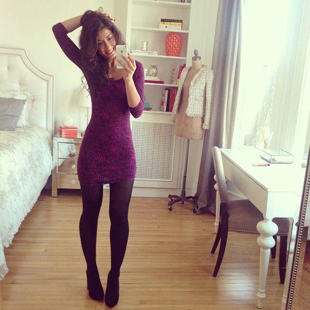 mimi ikonn style Black pumps + black tights + longsleeve bodycon dress
