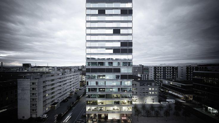 B125 in Zug: Erstes Wohnhochhaus der Schweiz mit Schiebeflügel-Fassade.