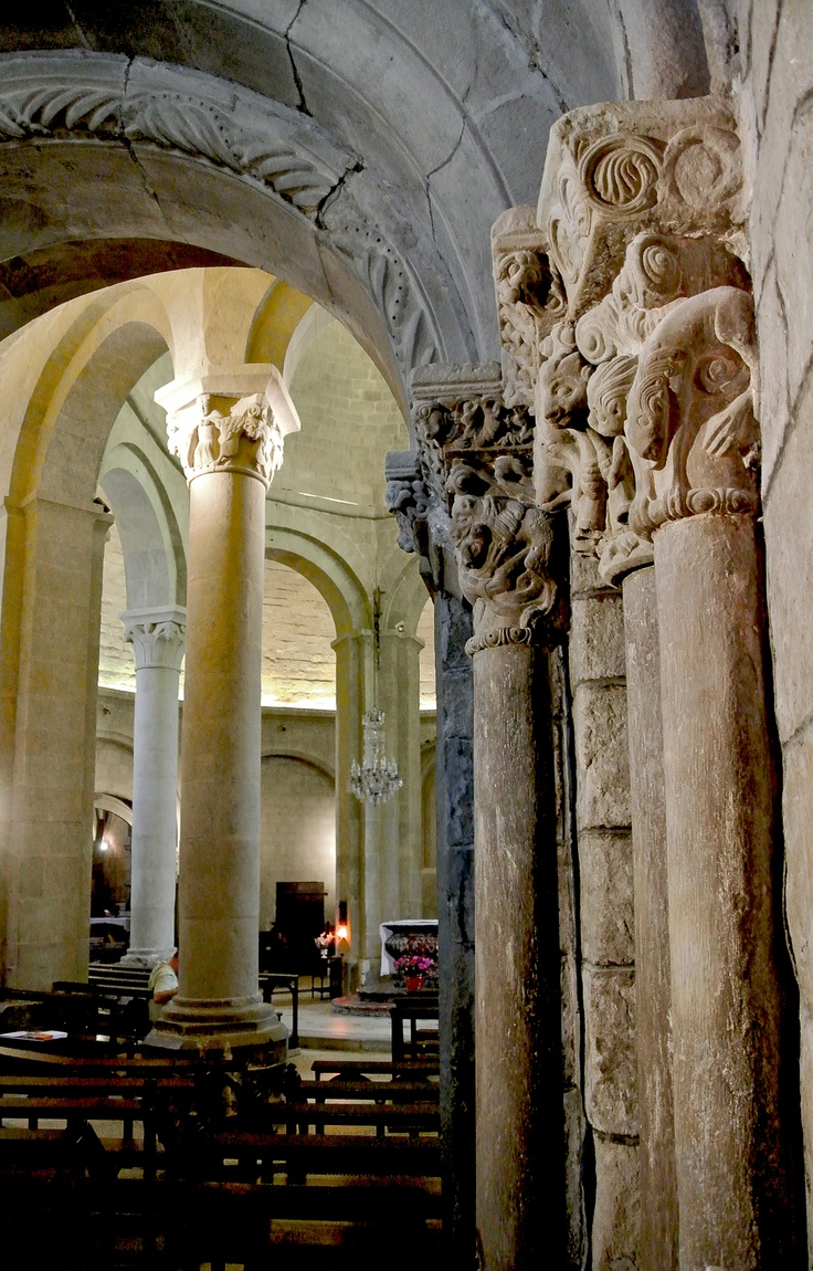 Heptagonal Roman Church of St. Mary in  Rieux Minervois with carvings by the Master of Cabestany
