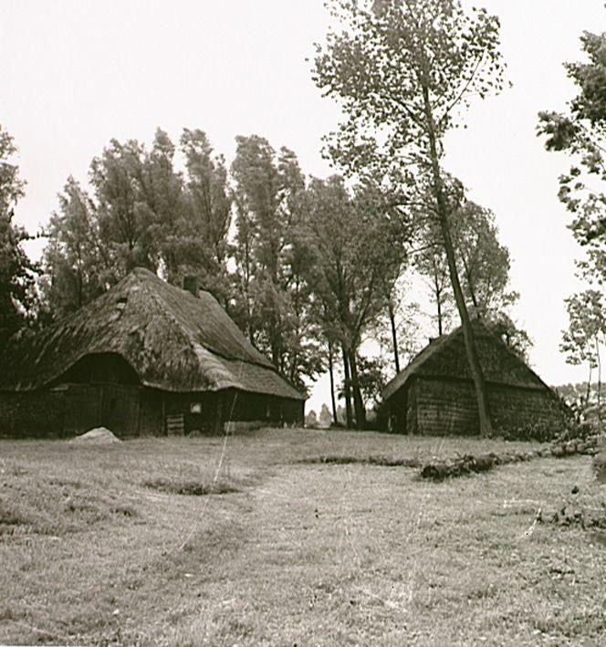 Boerderij met schuur Auteur: Kerkhof, Andries Wilhelmus van de - 1933 - 1943