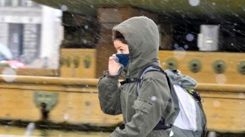Toscana: #Scuola al #liceo Pascoli lezioni al freddo: In aula a 5 gradi (link: http://ift.tt/2i9kbIQ )