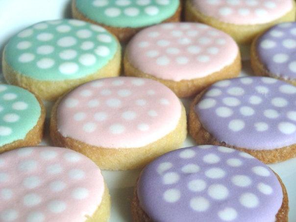 polca dots cookies