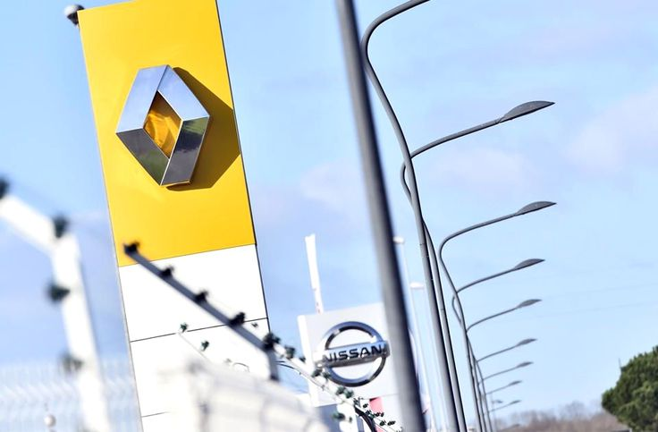 Renault-Nissan Alliance pools $200M to invest in startups     – Roadshow http://www.charlesmilander.com/news/2018/01/renault-nissan-alliance-pools-200m-to-invest-in-startups-roadshow/ from 0-100k followers, want to know? http://amzn.to/2hGcMDx