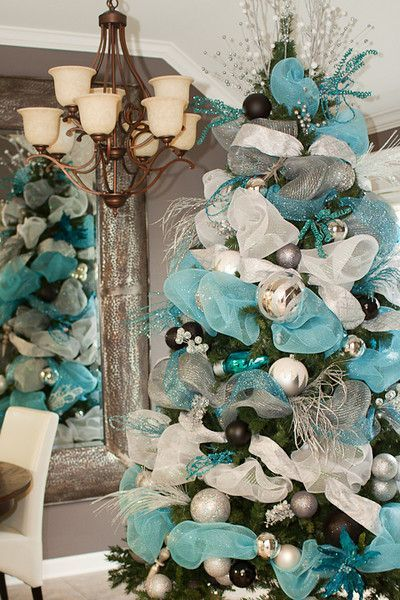 christmas trees decorated with mesh | ... teal and white deco mesh for Christmas tree decorating from cbdesigns: