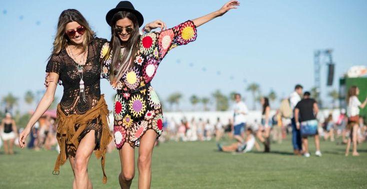 Rövid ruhák és trapéznadrág – Hippi hangulatú fesztiválozás