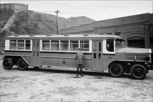 Montreal bus, 1927.