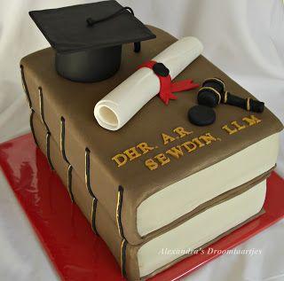 Boeken taart afstuderen / graduation cake