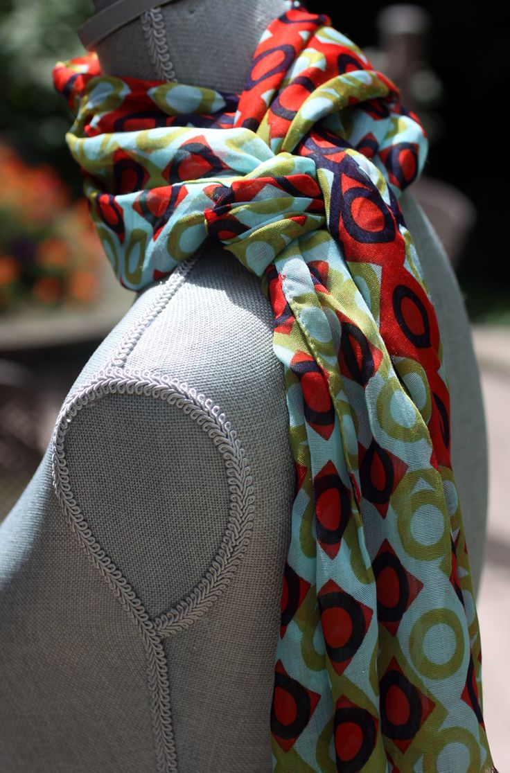 {Fashion Stylist} 3 Clever Ideas for Scarf Tying   Carrie Leber PR ~ Fashion, Accessory and Beauty PR