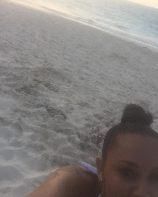 Pin for Later: Mel B Escapes to Turks and Caicos For a Romantic Getaway With Her Husband
