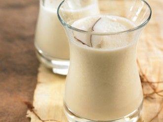 Gerstenmilch mit Kokos