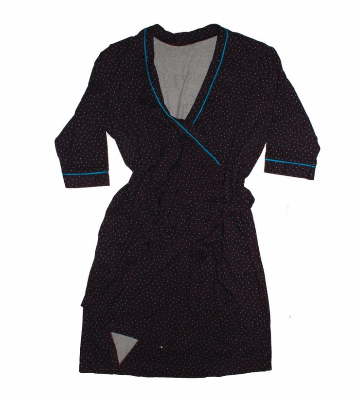 Женский халат в синий горошек