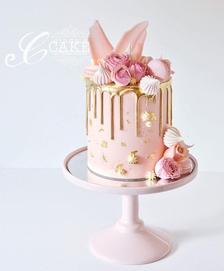 """4,372 次赞、 66 条评论 - Whipped Cake Co. (@whippedcakeco) 在 Instagram 发布:""""You can't go wrong with semi naked and fresh blooms """""""