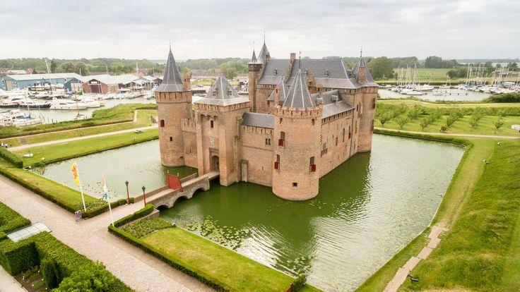 Castle Muiderslot - Kasteel Muiderslot