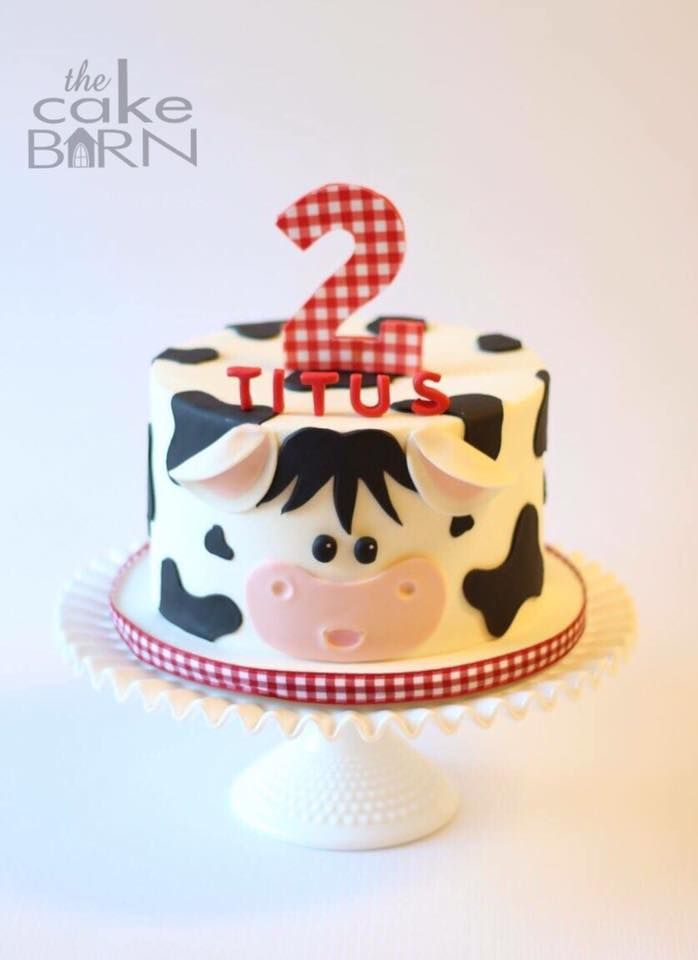 Cow cake for a Down on the Farm Theme party