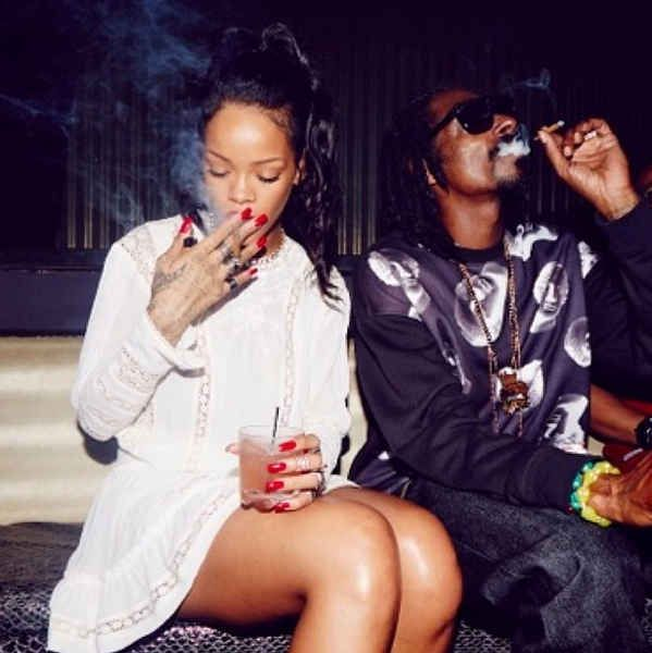 Rihanna And Snoop Dogg Smoked Weed Together