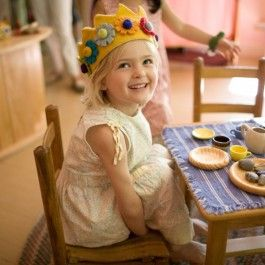 Wool Felt Birthday Crown. Fair Trade made in Nepal from soft New Zealand. Waldorf birthday inspiration from Bella Luna Toys! http://www.bellalunatoys.com