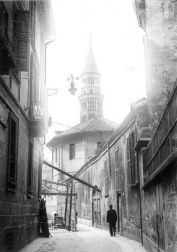 Via delle Ore, Rotonda del Pellegrini e campanile di San Gottardo, inizio '900 | da Milàn l'era inscì