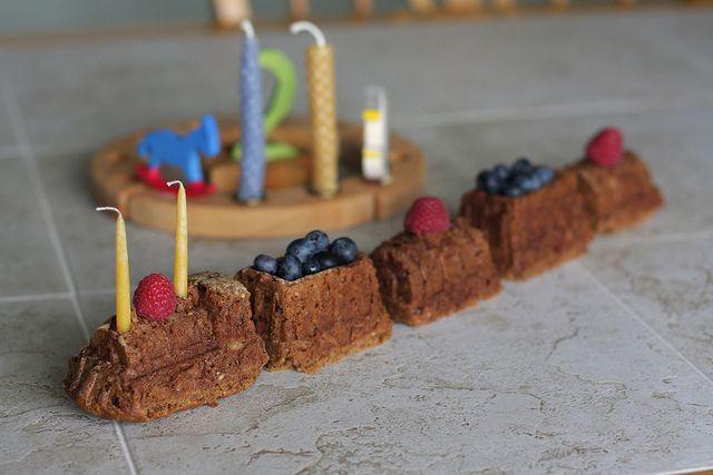 vegan,sugar-free applesauce cake. Since James always has a fasting birthday :)