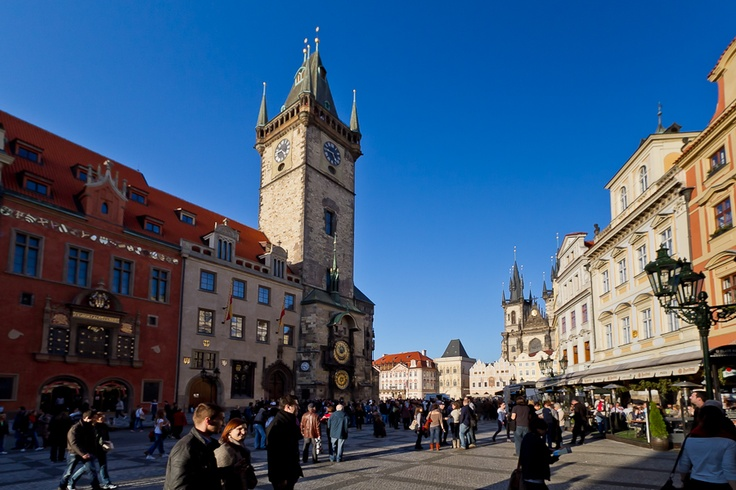 Town hall and Old Town market, Praha