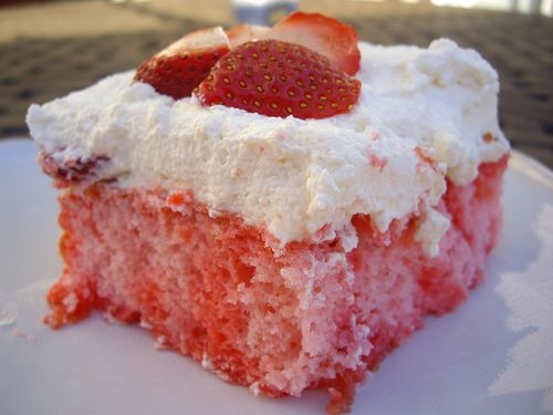 Diary of the Unexpected Housewife: Donna Summer and Strawberry Cake Out In the Rain