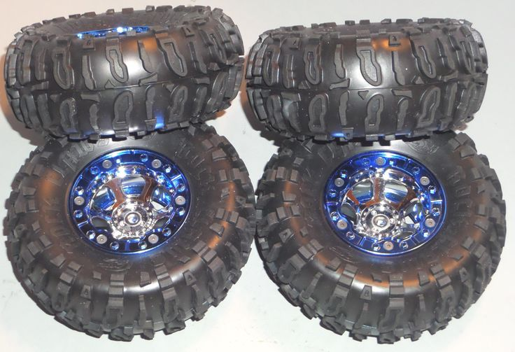 Losi Night Crawler Tires and Rims of Wheels (4). Parts were remove from a brand new Losi Night Crawler.