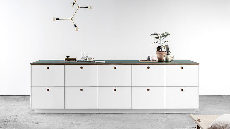 J'adore cette photo de @decofr ! Et vous ? (Source : http://www.deco.fr/photos/diaporama-designers-danois-customisent-cuisine-ikea-d_4189)