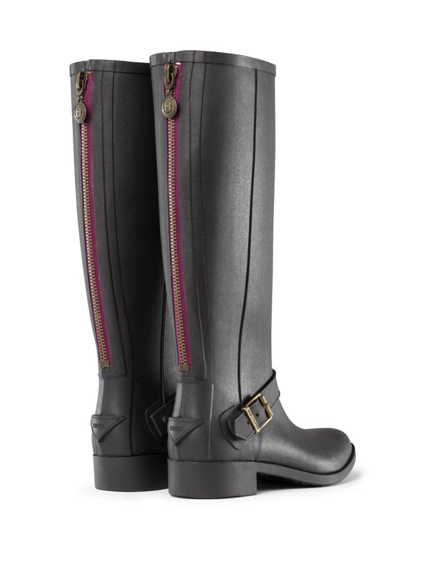 Shop Rain Boots on the Official Hunter Boots Site.