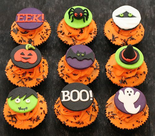 halloween cupcake toppers flickr photo sharing - Halloween Decorations Cupcakes