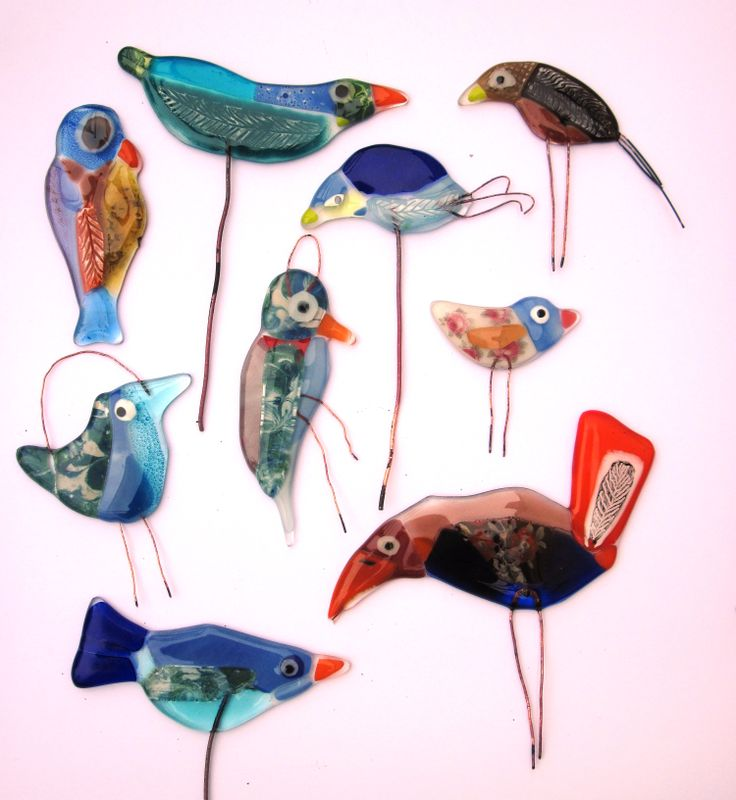 fused glass birdies ..LiNdA WiLSoN ♥
