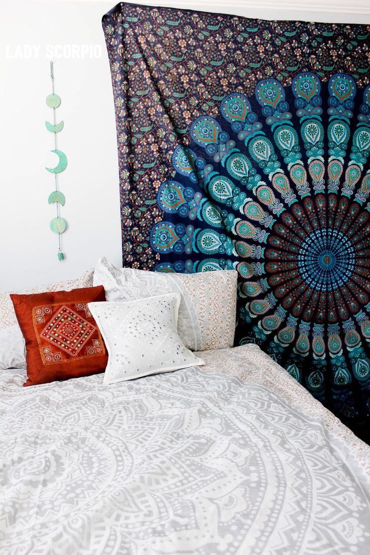 Turquoise dreams mandala tapestry casas - Cabecero mandala ...