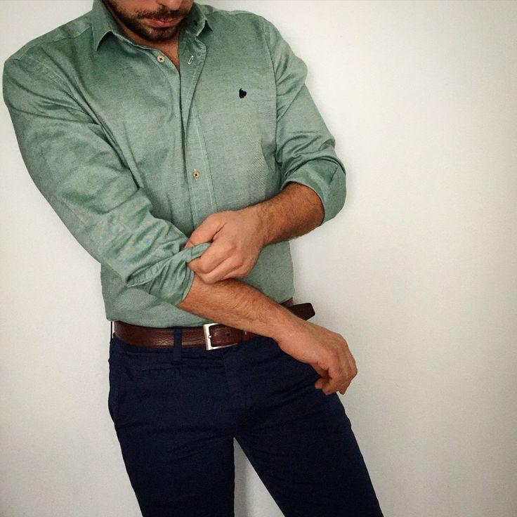 Vamos por el viernes!  Camisa verde Shalp+pantalones azules  www.shalp.es  #shalp #dapperman #dappermensfashion #dapper #modamasculina #modahombre #moda #men #menwear #menstyle #menswear #menfashion #mensfashion #mensstyle #menwithstyle #mensfashionpost #fresh #fashion #preppystyle #preppy #styles #style #stylish #shalpers #shalp