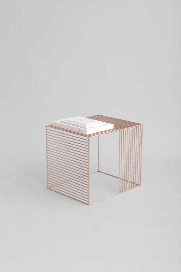 wire side table : iacoli + mcallister #mueble #diseño #design #furniture #home #table #moble #disseny #arredamenti #mesa #taula
