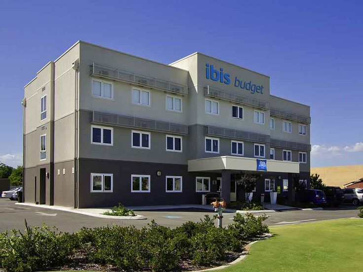 IBIS BUDGET PERTH AIRPORT: This economy hotel is conveniently located just minutes from the Perth Airport's domestic terminal, and is just…