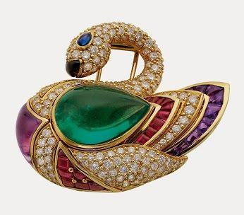 Swan brooch, 1990. Gold with emerald, sapphire, onyx, amethysts, rubies, and diamonds. +BulgariHeritage Collection © Antonio Barrella Studi...