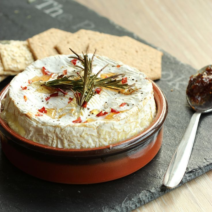 Facebook Twitter Google+ Pinterest StumbleUpon Reddit YummlyCheesy, decadent, gooey, mouth-watering and slightly spicy. Yes, I'm talking about this succulent Spicy Baked Camembert. Did you know you could bake Camembert in the first place? I didn't, turns out I've eaten this yummy cheese all wrong! Baked Camembert has become fairly popular among pubs and restaurant during …