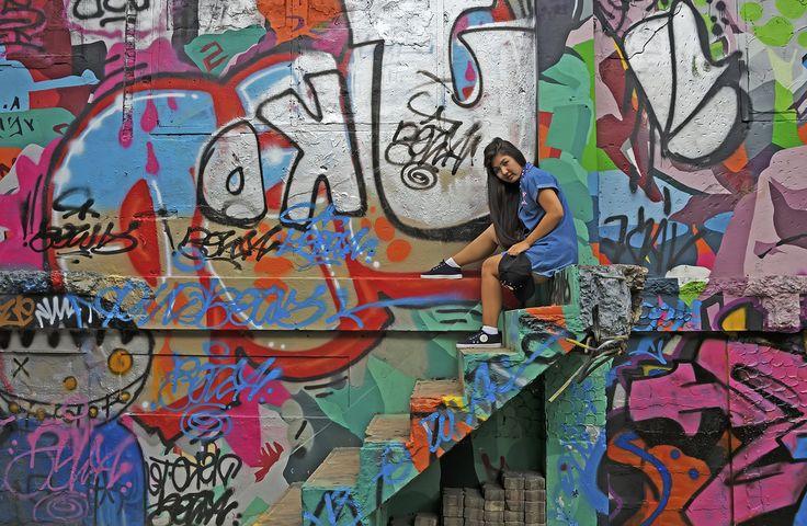 Op verschillende plaatsen in Bangkok vind je graffiti op de muren. Het zijn mooie plaatsen voor de jeugd om foto's te maken en een beetje rond te hangen. ook ik kom er graag en hang een tijdje rond. - Bangkok, Thailand | Columbus Travel