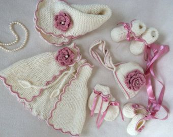 Chic Baby Set With Bonnet And Stole by Minnoshko on Etsy