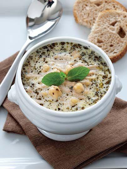 Erişteli yoğurt çorbası Tarifi - Türk Mutfağı Yemekleri - Yemek Tarifleri