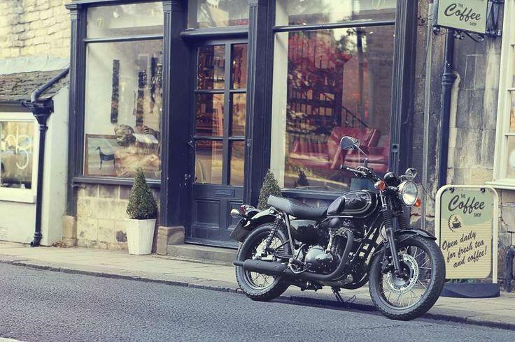 Kawasaki W800 (BLACK EDITION) (MY15) Motorcycle - Penrith Motorcycle Centre